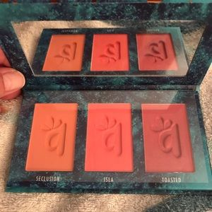 Alamar blush trio new in box